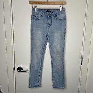 🎁4/20$🎁 GUC light blue wash jeans
